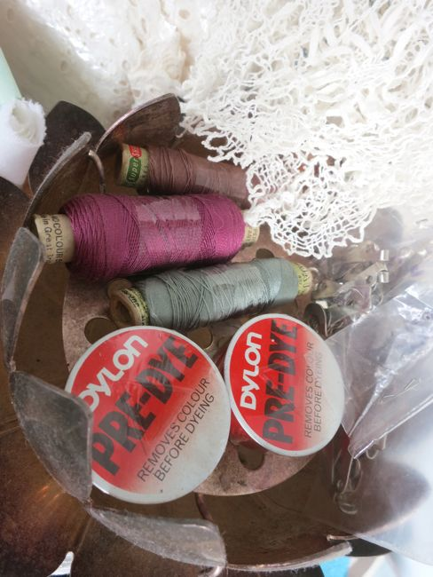 Threads and dye thedreamstress.com