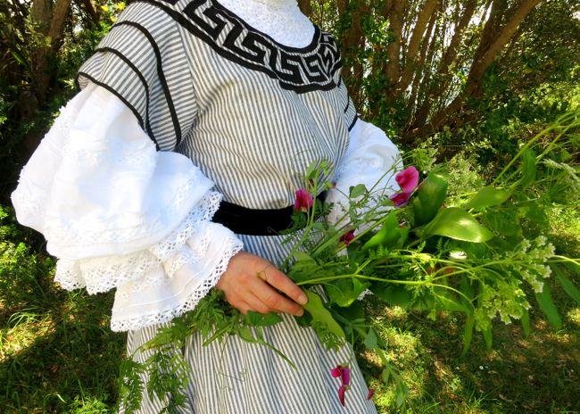 The 1905 Greek Key reception dress, thedreamstress.com