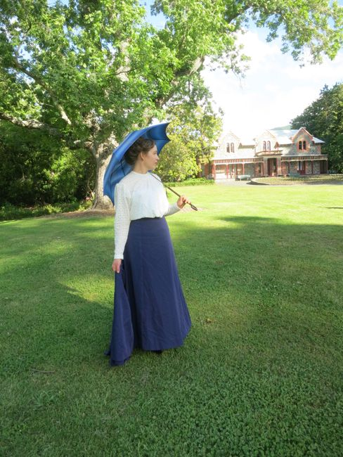 The 'Time Lady' 1900s shirtwaist thedreamstress.com