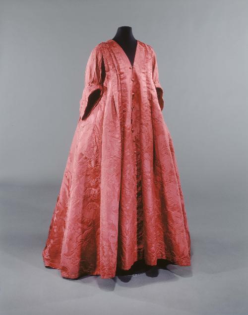 Robe Volante 1720-30, Musee Galliera
