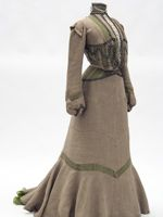 Linen day dress with green silk underslip, 1901-2, Misses Leonard, St. Paul, US, Minnesota Historical Society