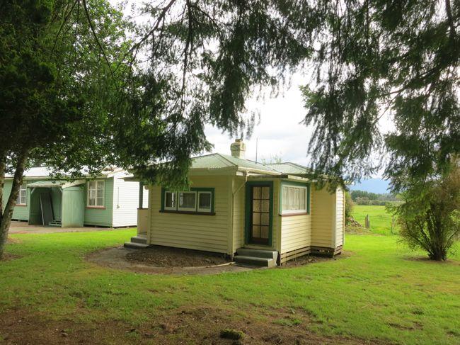 Historic Miniature Bungalow at Jack's Mill School, Kotuku, New Zealand thedreamstress.com