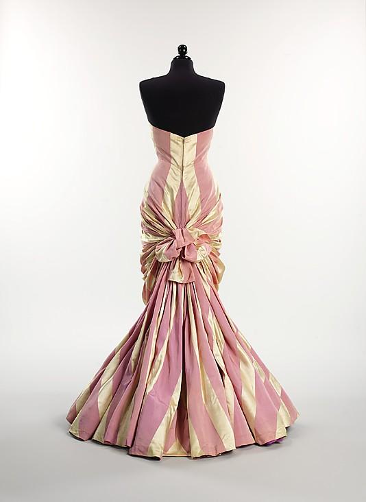 Evening dress, Elsa Schiaparelli, ca. 1948,  French,  silk, Metropolitan Museum of Art, 2009.300.2923