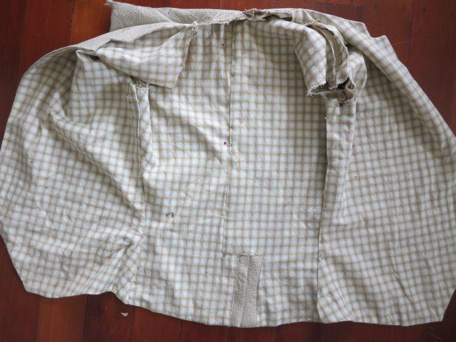 18th century mans waistcoat thedreamstress.com