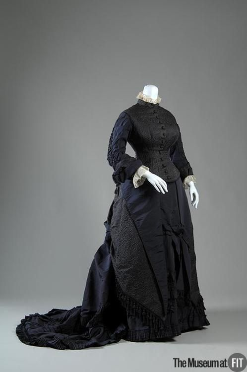 Day dress ca. 1878 From the MUSEUM AT FIT
