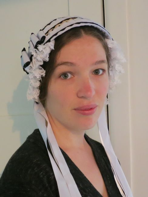 An 1860s inspired bonnet thedreamstress.com