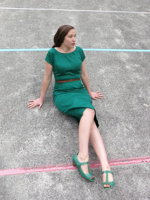 A late 1950s wear-anywhere wiggle dress thedreamstress.com
