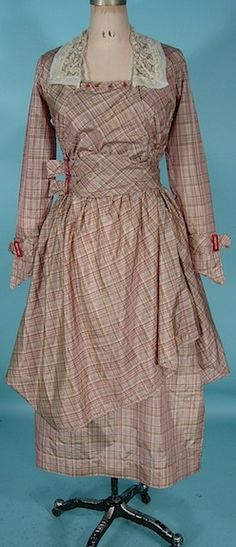 Dress, 1915-17, Silk taffeta, antiquedress.com
