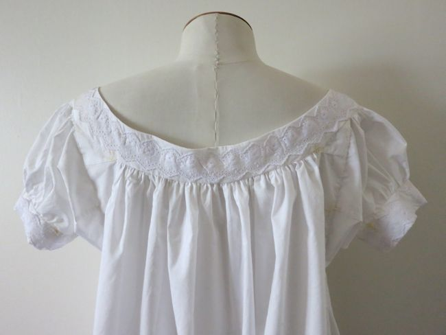 A very sweet, very white 1860s chemise - The Dreamstress