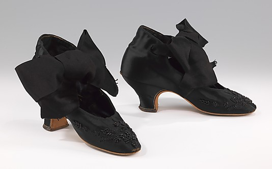 Evening shoes with Louis heels, 1875–85, French, silk, glass, The Metropolitan Museum of Art, 2009.300.1582a, b