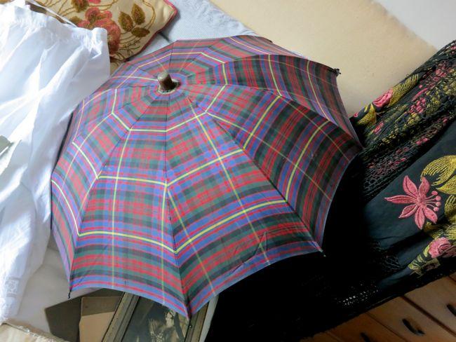 Vintage plaid parasol thedreamstress.com
