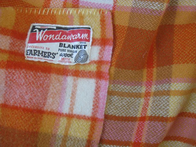 What's the difference between woolens and worsteds thedreamstress.com
