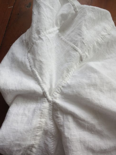 Linen Regency chemise thedreamstress.com
