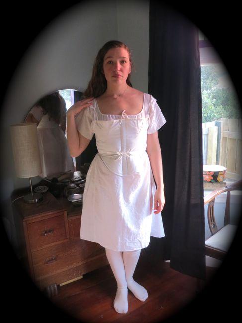 Linen Regency chemise thedreamstress.com