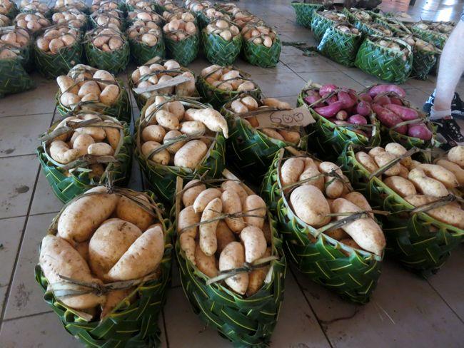 Market, Port Vila, Vanuatu, thedreamstress.com
