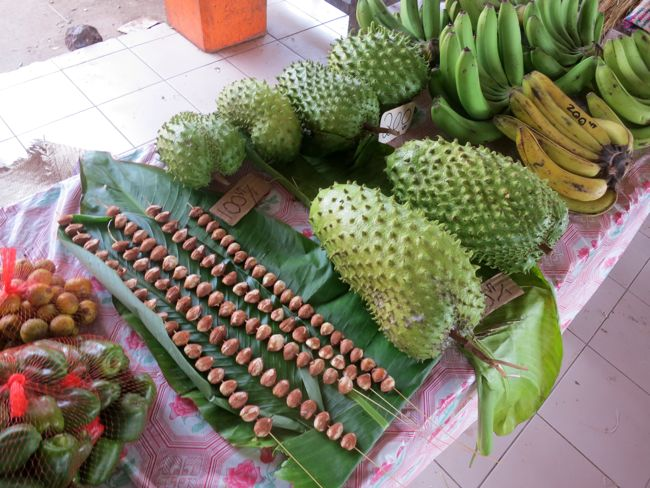 Market, Port Vila Vanuatu, thedreamstress.com
