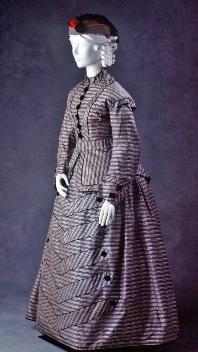 Walking ensemble, English, 1865-70, Powerhouse Museum