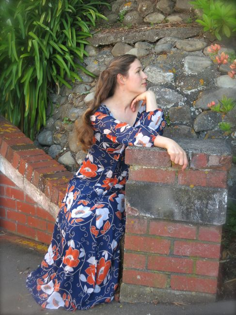 1970s fairytale frock thedreamstress.com