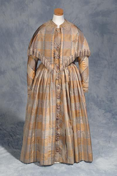Day dress of silk taffeta worn by Laura Phillips, Chapel Hill NC, 1847. Made in Philadelphia, North Carolina Museum of History, 1923.5.5