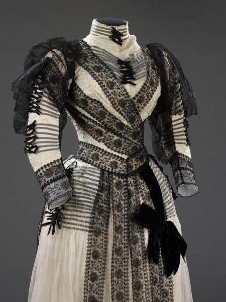 Dress, Paris, France, 1889-1892, Sara Mayer & A. Morhanger (designer), Figured silk overlaid with chiffon, velvet ribbon, machine lace, velvet, Victoria & Albert Museum, T.270&A-1972