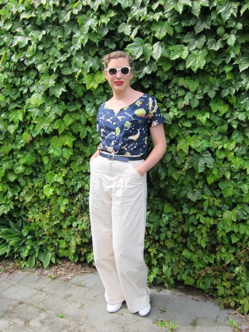 The Hepburn in Hakatere 1940s inspired trousers thedreamstress.com