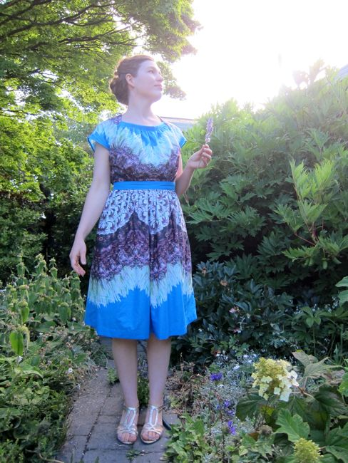 The 'Joy Gives Us Wings' 1940s Decades of Style Dorothy Lara dress thedreamstress.com
