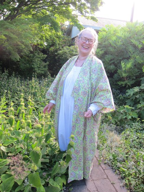 Lynne's 'Modern Historical' kimono wrappers thedreamstress.com