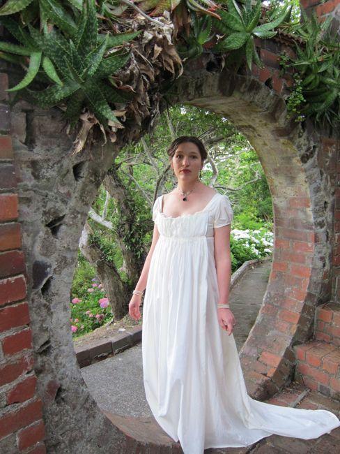 ca. 1800 Recamier gown thedreamstress.com
