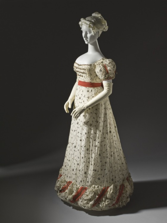 Woman's Ball Gown, England, circa 1820, Cotton plain weave with metallic thread embroidery and silk ribbons with metallic passementerie and tassels, LACMA, M.2007.211.734