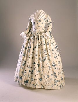 Gown, blue floral pattern on cream ground. 1760-1790, Copperplate printed linen. Worn by Deborah Sampson, possibly as her wedding dress. Historic New England, 1998.5875