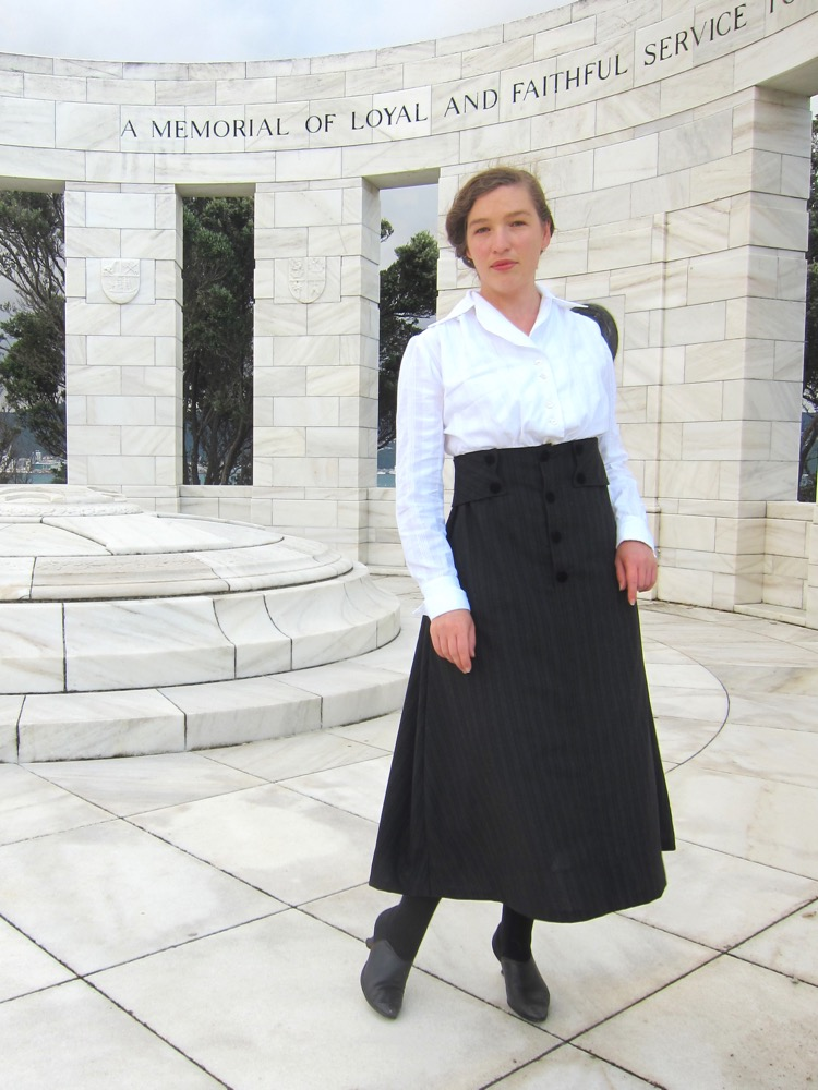 Wearing History's 1916 skirt thedreamstress.com - 5