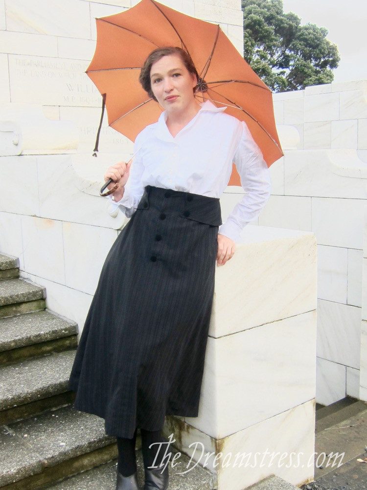 Wearing History's 1916 skirt thedreamstress.com - 6