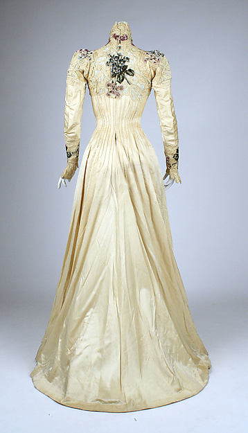 Rate the Dress: ca. 1900 florals, lace and satin - The ...