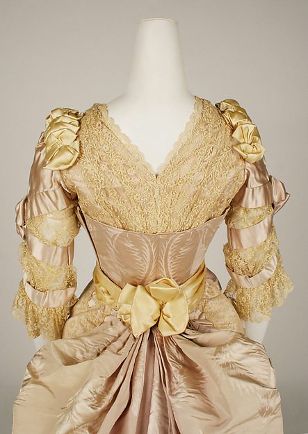 Evening dress, House of Worth (French, 1858–1956), Jean-Philippe Worth (French, 1856–1926), 1887–89, French, silk, 49.3.24a–e side