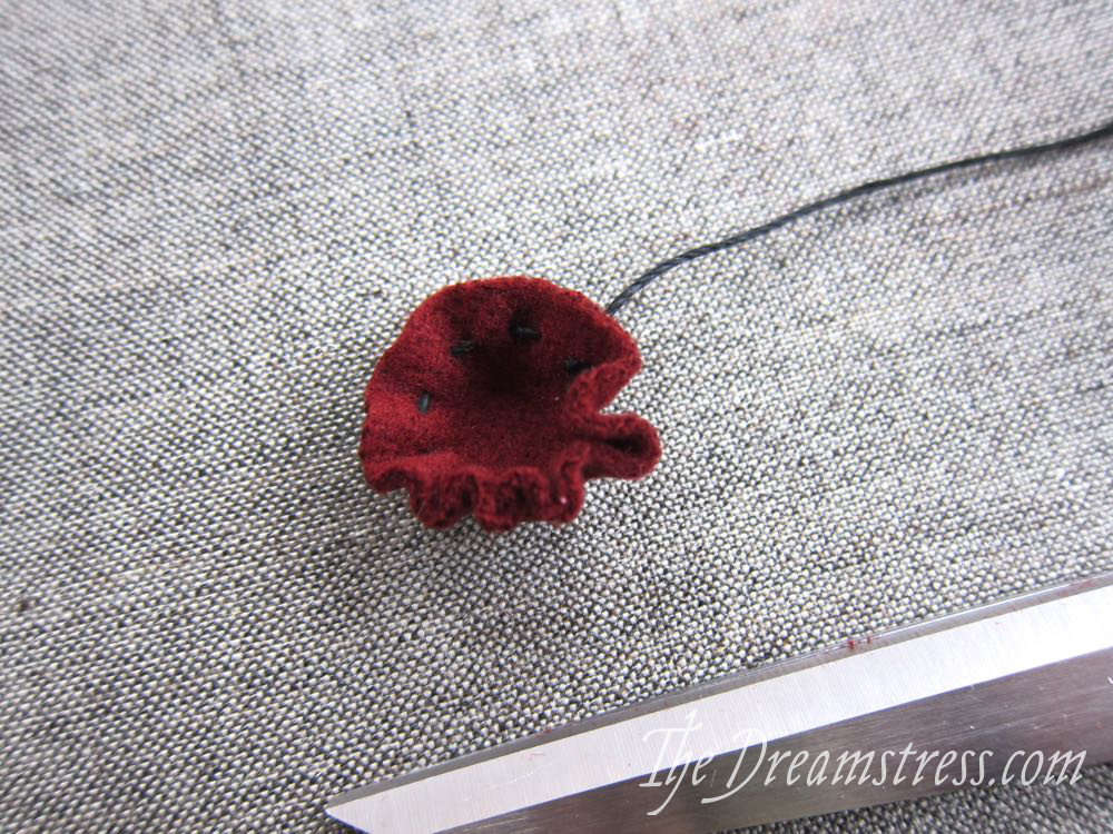 Making medieval buttons07