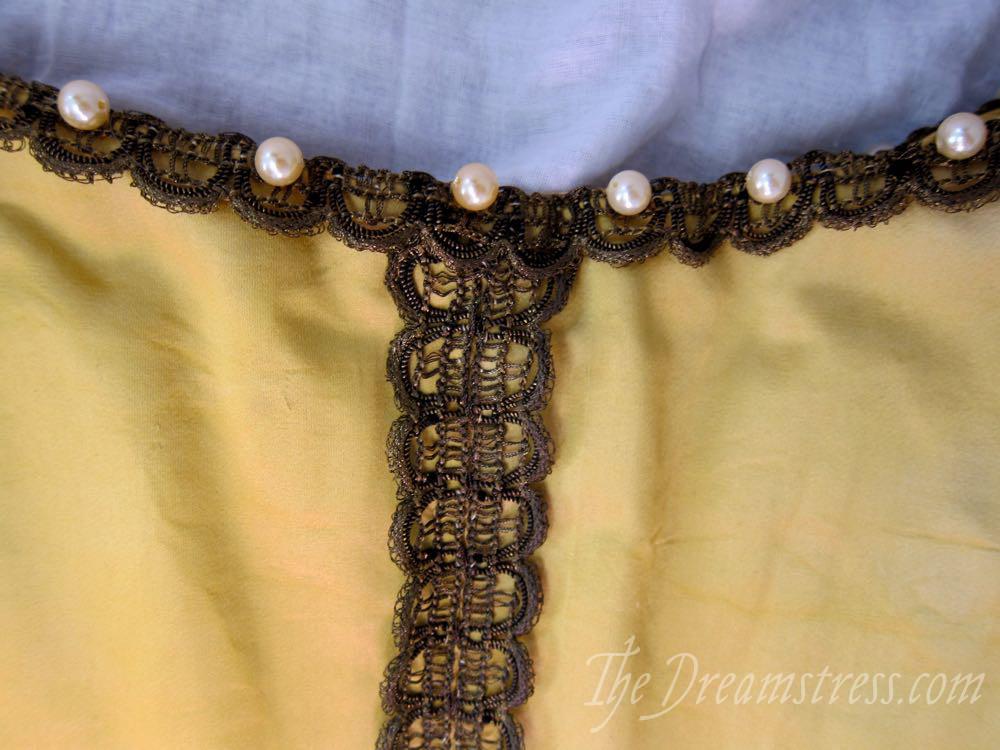 1660s Ninon bodice thedreamstress.com3