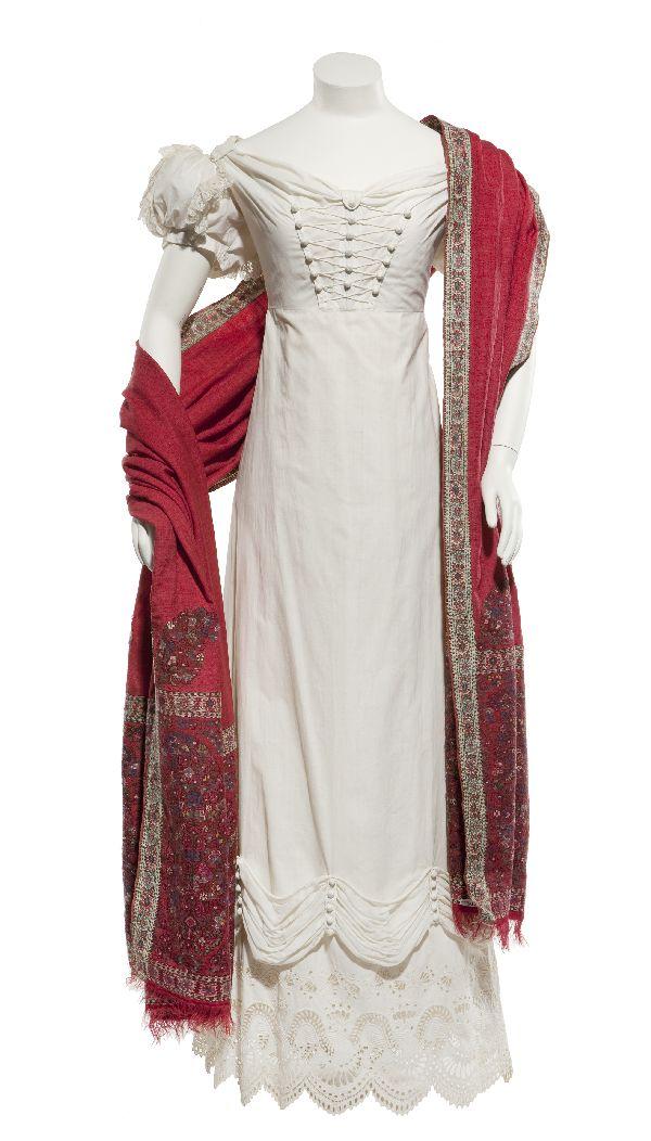 Dress of white cotton, 1820-1822, 1053632, europeanfashion.eu