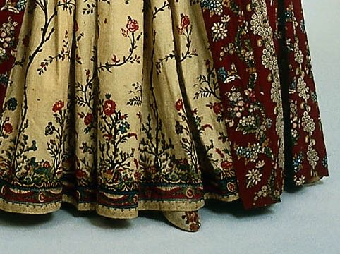 Dress (robe à la française), glazed cotton, French, 1775, MFA Boston, 55.1006