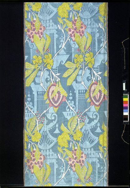 Dress fabric, Spitalfields, England, ca. 1708, Brocaded silk damask, 711-1864