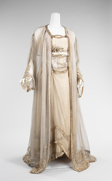 Evening ensemble, 1910, French, silk, metal, Metropolitan Museum of Art, 009.300.3221a–c