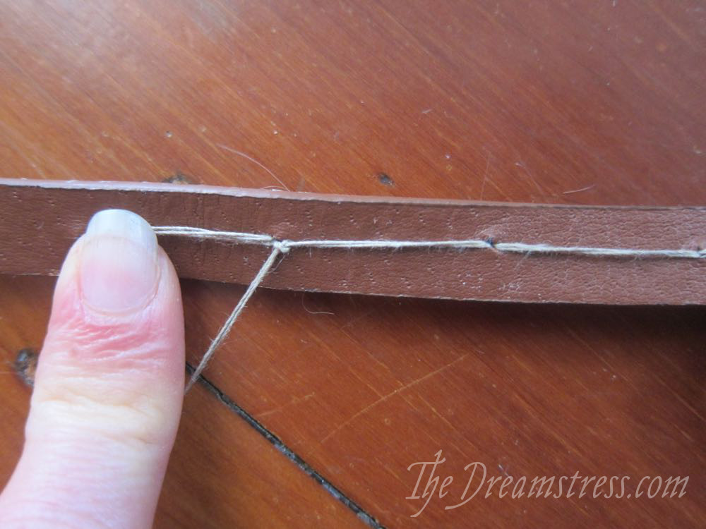 Making a medieval inspired belt thedreamstress.com11