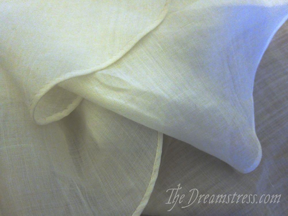 A medieval linen veil thedreamstress.com