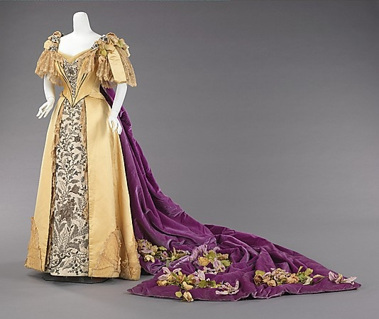 Emily Warren Roebling's Court presentation gown, 1896, Metropolitan Museum of Art, 2009.300.941a–e