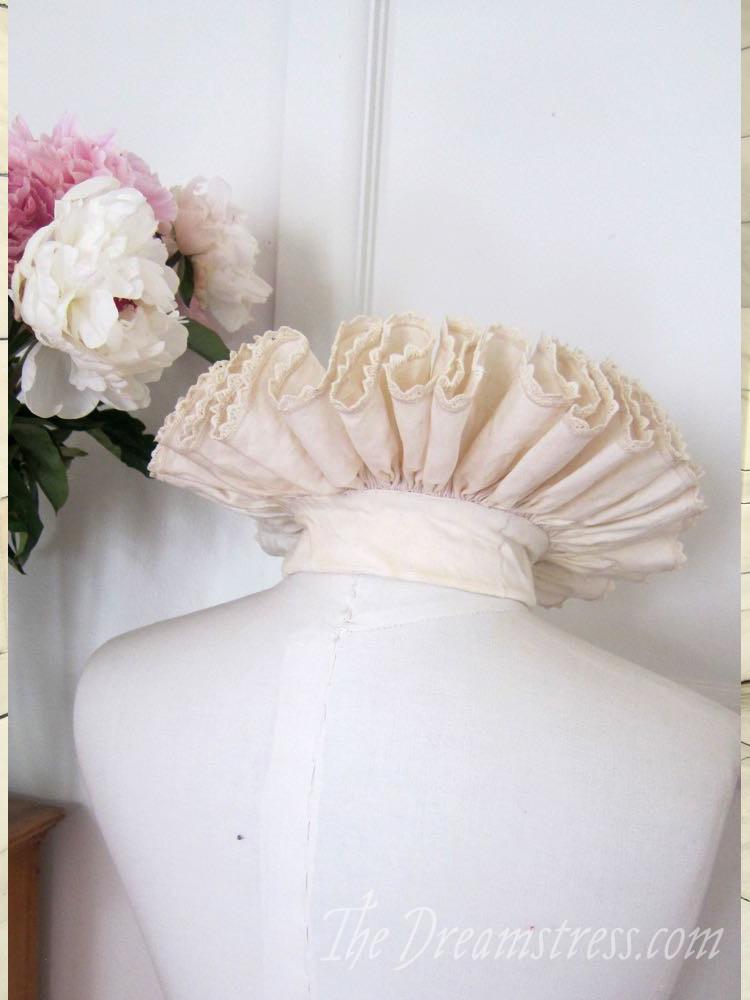 Elizabethan ruff thedreamstress.com