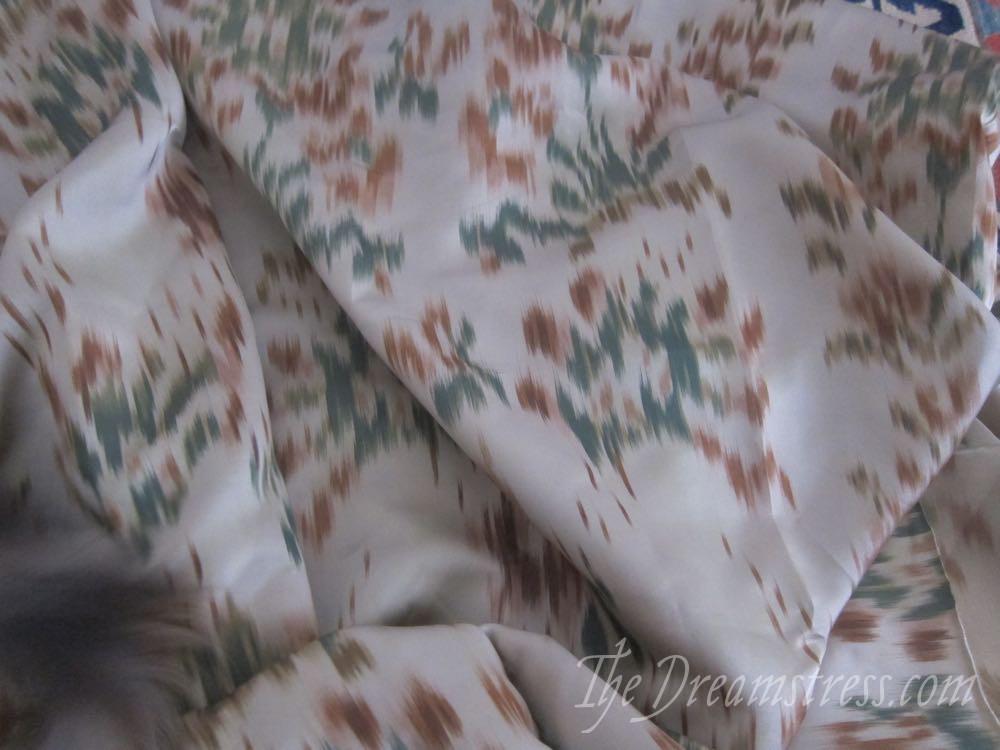 An 18th century chiné a la branche petticoat thedreamstress.com02