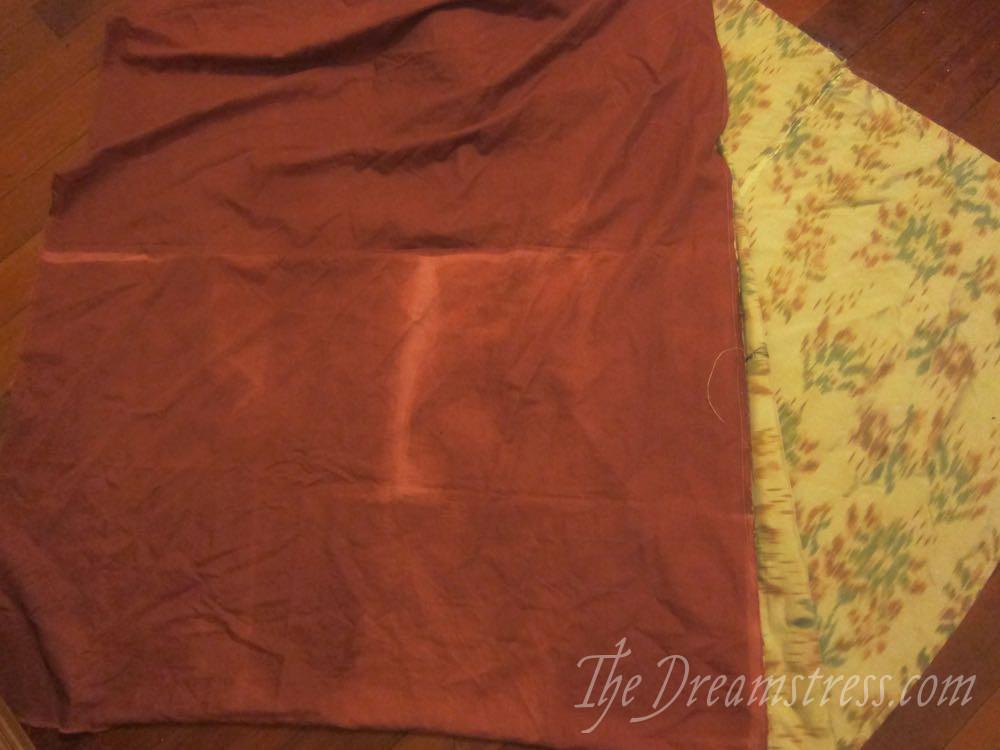 An 18th century chiné a la branche petticoat thedreamstress.com05