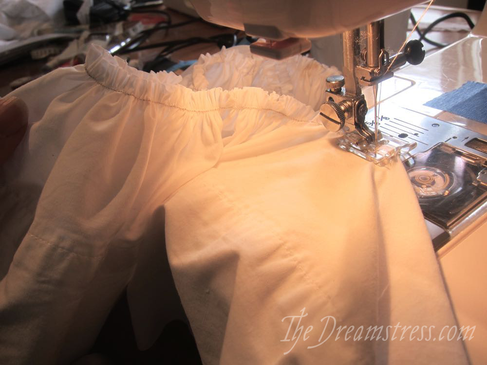 How to sew corded gathering & ruffles thedreamstress.com