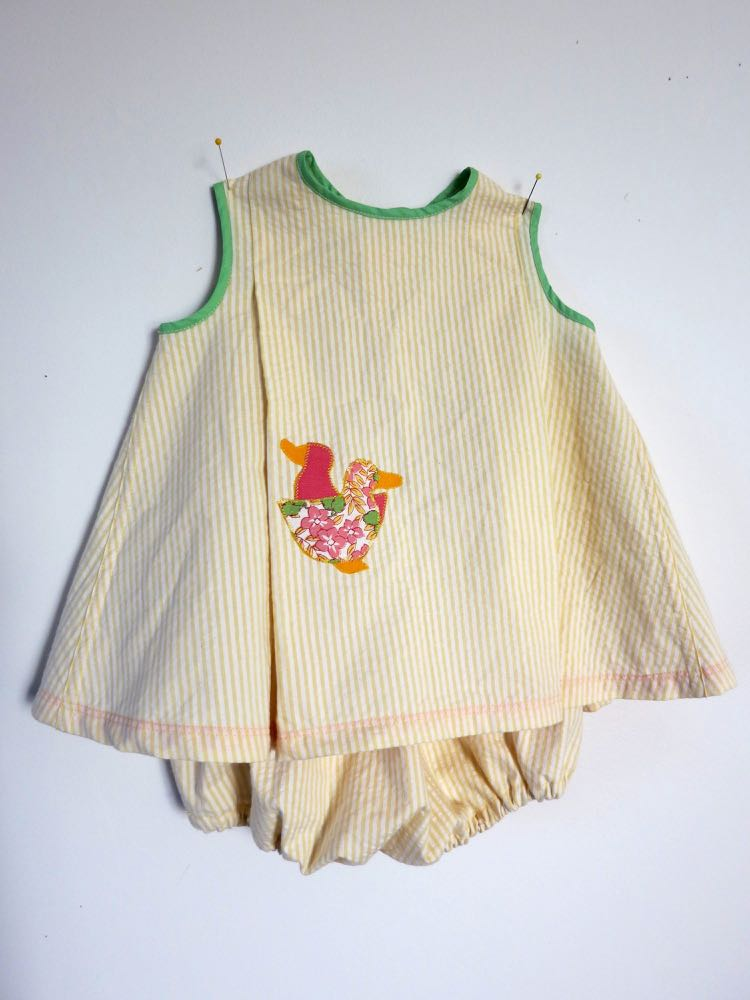 Vintage sewing for wee ones thedreamstress.com4