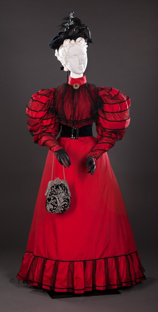 Woman's ensemble, 1894-96, Silk, Gift of the Manlove Family, FIDM, S2006.870.22AB