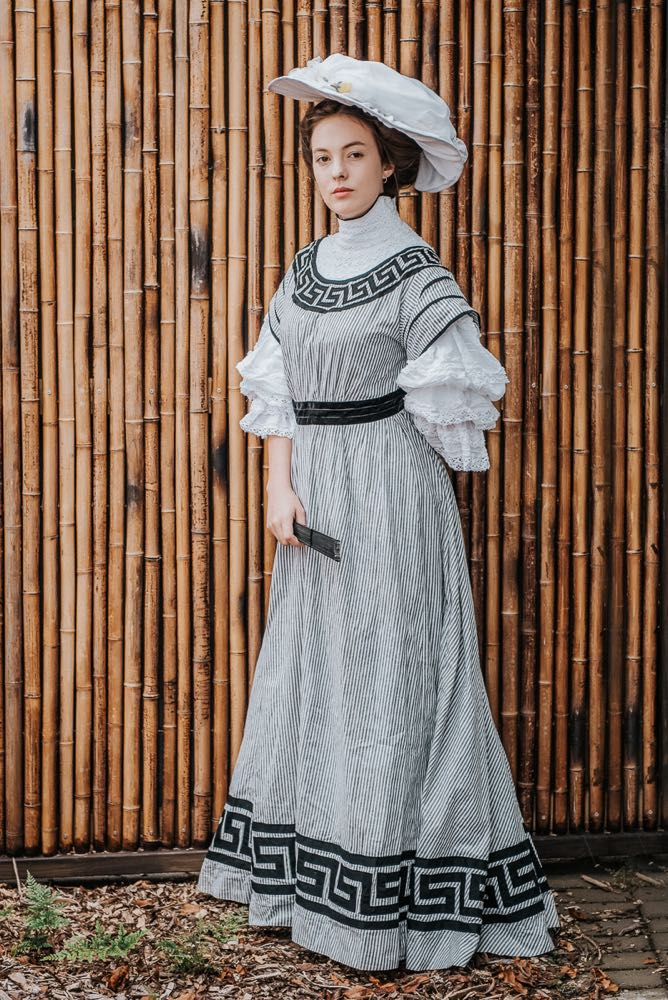 Utter deliciousness the 1905 7 afternoon dress at a garden party the dreamstress for The garden party katherine mansfield